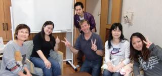 大人英会話クラス授業風景