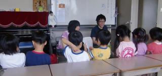 講師派遣 幼稚園での英語教室の様子